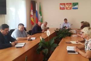 В администрации АМР состоялось совещание с руководителями служб ЖКХ